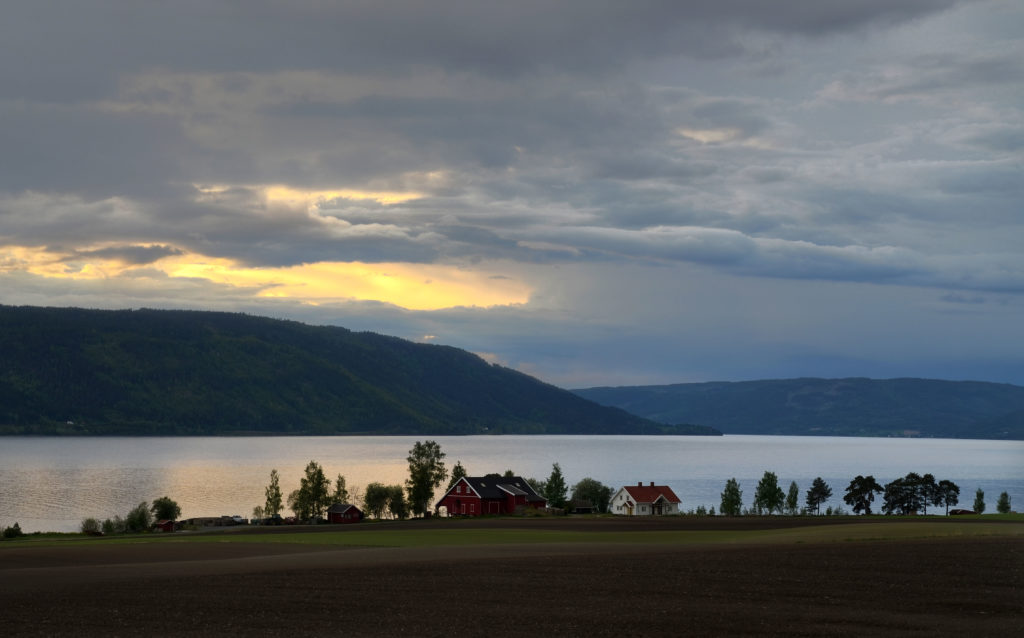 Randsfjord lake web