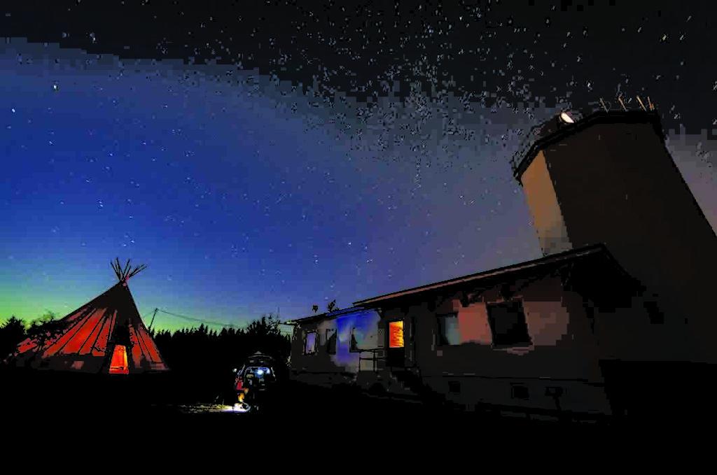 Sun observatory Harastua night web